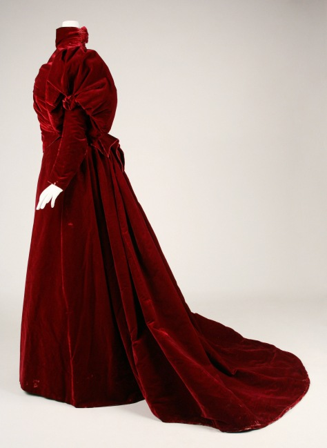 1893-95 dress worth red velvet e