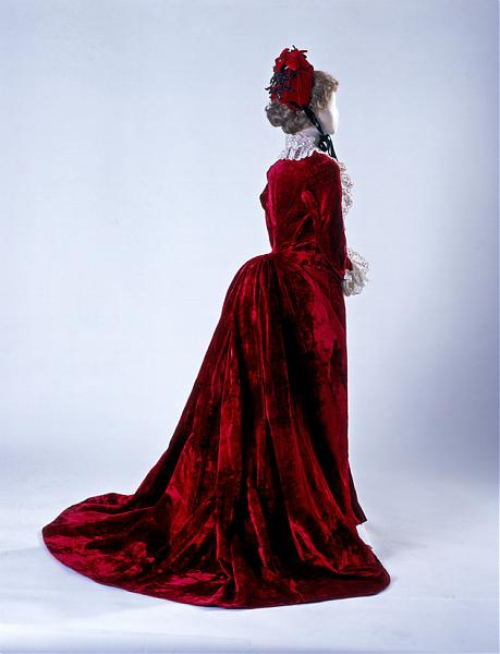 1885 dress wedding b CCM
