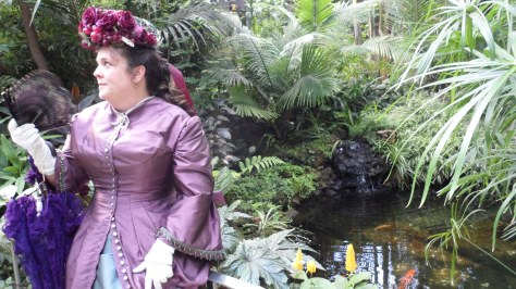 This shot was taken in the conservatory, next to the fish pond.  It was sweltering hot in there!