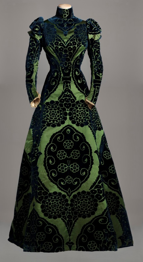 A Worth Gown from 1895.