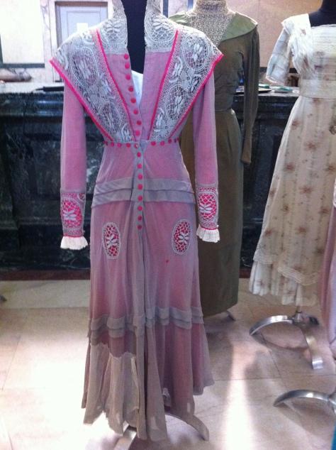 1911 pink dress d CMC