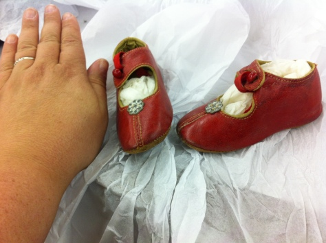 And how cute are these 1900 children's shoes.
