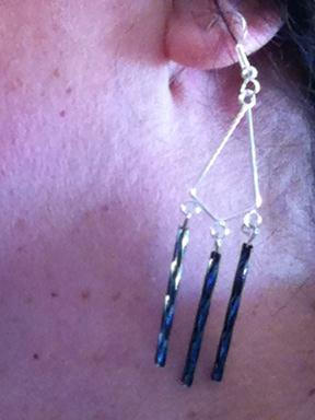 Another pair of earrings that I don't like.  I think they need something else...like a complete dismantling.