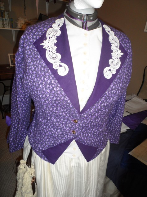 Truly Victorian 1872 Vested Bodice TV403