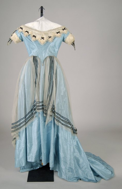 1865 evening dress at the Met