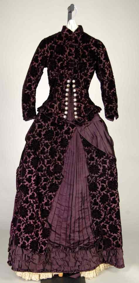 1881 wedding dress at the Met.