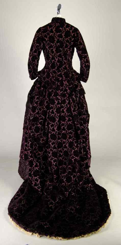 1881 wedding dress Met b