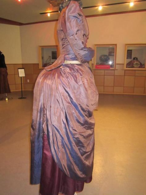 1880's dress 2 tone CMC d