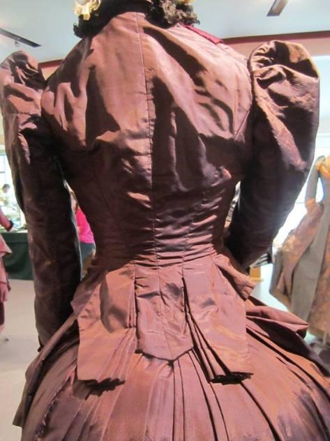 1880's dress 2 tone CMC e