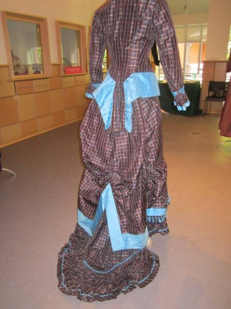 1880's dress brown and blue CMC c