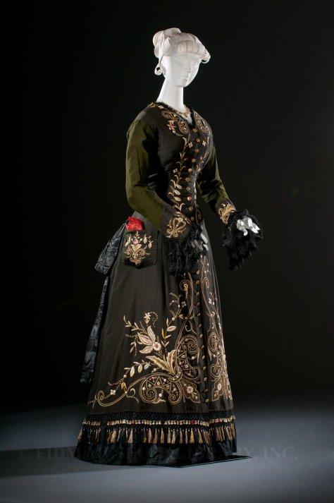 1878 tea gown FIDM a