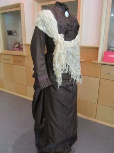 1880's dress brown CMC d