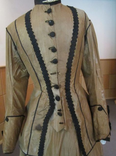 1880's dress military gold d
