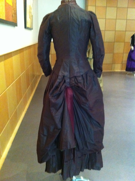 1880's dress pleated brown CMC c
