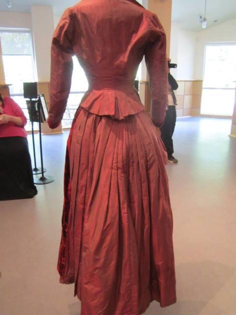 1880's dress wine CMC c