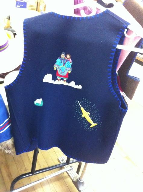 Inuit vest 1