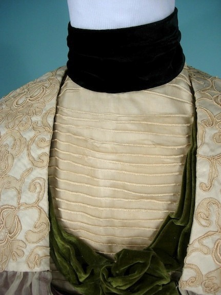 1900 antique dress LavendarNeilGibsone