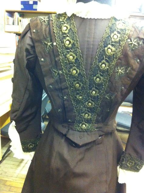 1900-09 dress CMC h